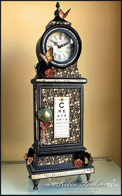 Olde Curiosity Shoppe Clock