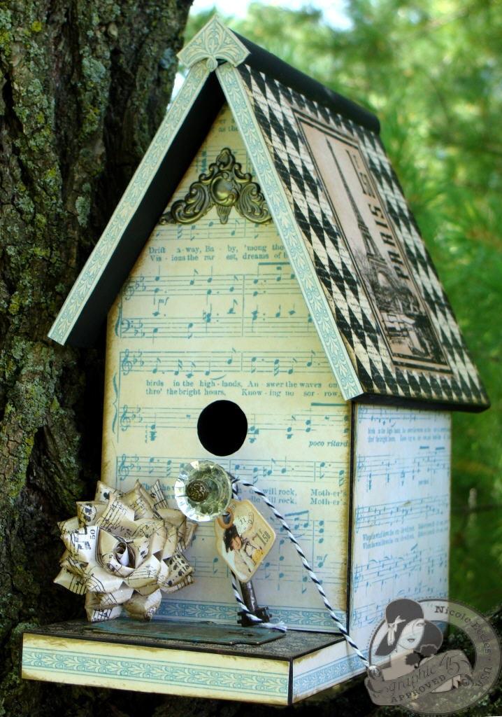 3  Nicole Eccles G45 Little Darlings Birdhouse