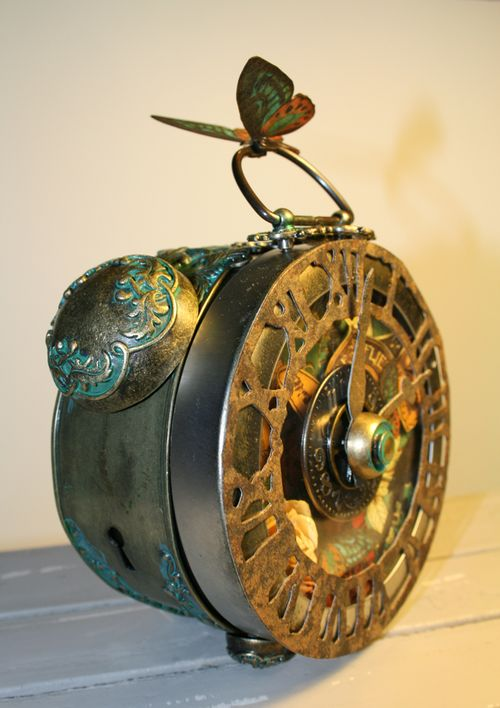 Graphic 45 Laura Denison Steampunk Debutante Metal Door Plate Clock