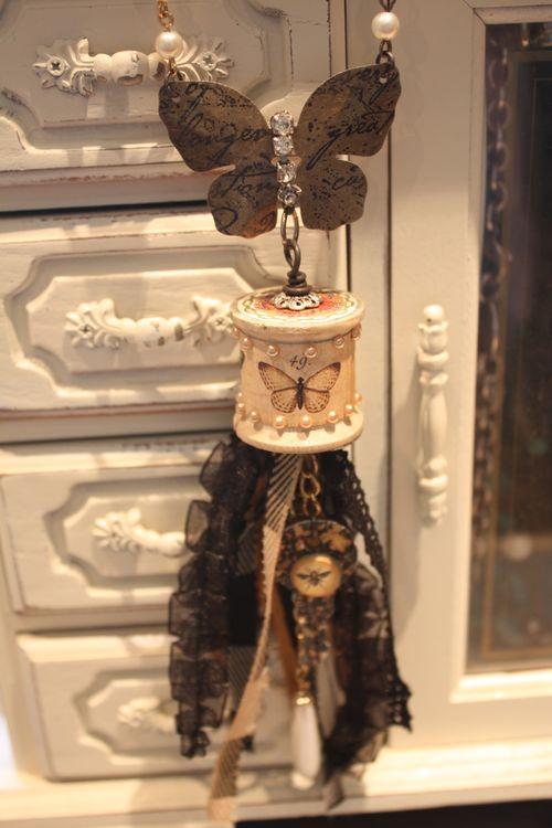 Denise Hahn Graphic 45 Olde Curiosity Shoppe Necklace - 2