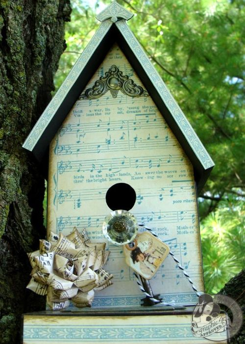 2  Nicole Eccles G45 Little Darlings Birdhouse