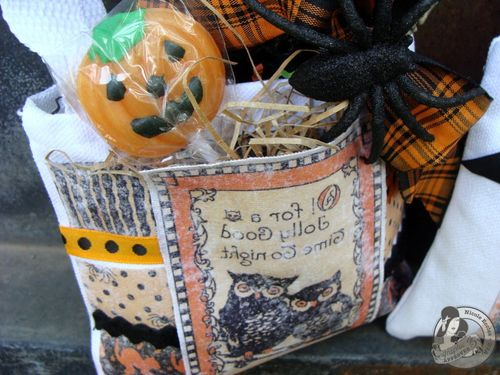 6 Nicole Eccles- August- G45 Happy Haunting Trick or Treat Bag