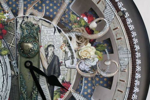 Fashionista-Altered-Clock-Graphic-45-Miranda-Edney-5-of-9