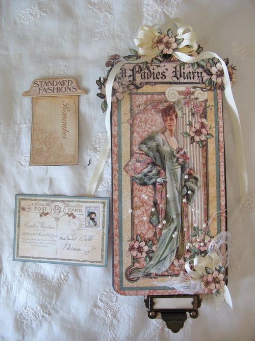 GRAPHIC 45-LADIES DIARY-SLIDER-TAG-ANNESPAPERCREATIONS-ANNE ROSTAD-2
