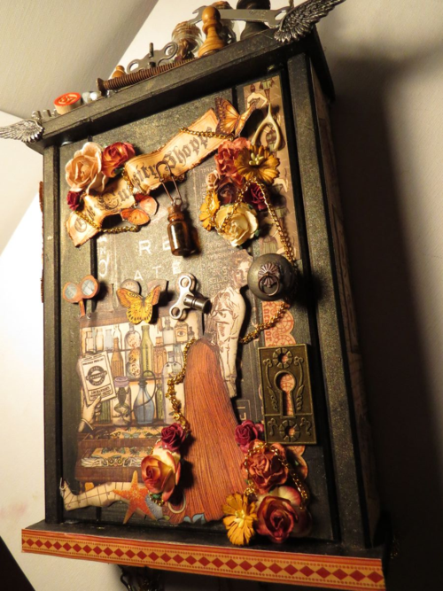 Olde Curiosity Shoppe Curio cabinet Brittany Pochick Grpahic 45
