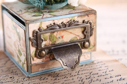 July-Vintage-Ring-Box-4