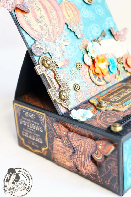 Arlenecuevas_July2013_SteampunkSpells_EaselCardBox_Photo10