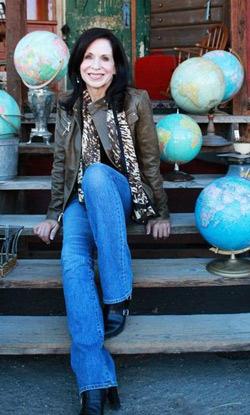 Diane-schultz-graphic-45-interview-svgcuts