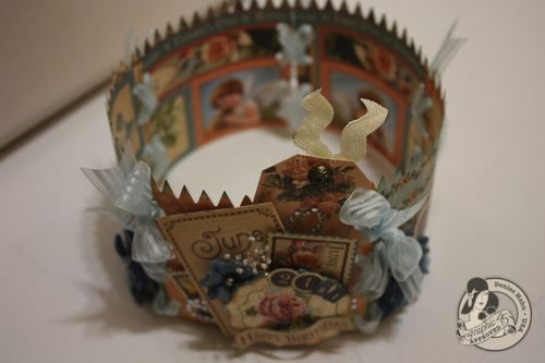 Denise-hahn-Graphic45-Place in Time-Birthday-crown - 5-imp