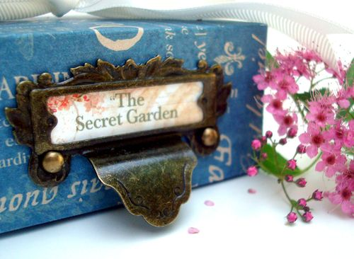 FrenchCountry_Secret_Garden_Box_G45_NicholaBattilana_2of