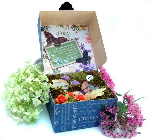 FrenchCountry_Secret_Garden_Box_G45_NicholaBattilana_3of