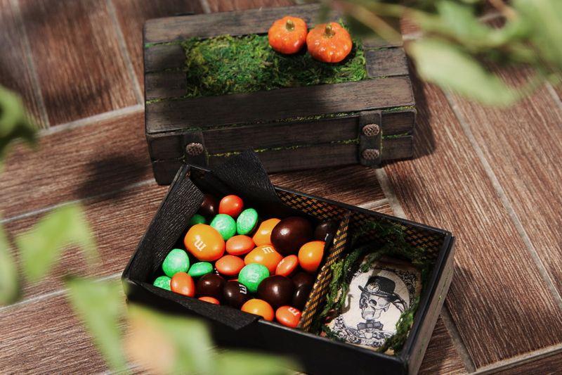 August-Halloween-Gift-2