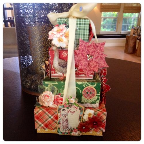 12-Days-Of-Christmas-Boxes-Graphic45-Maria-Cole-Tutorial-Step-13-Photo