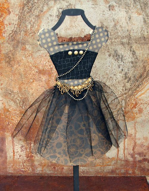 Steampunk outfi back