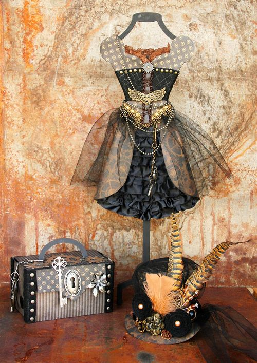 Graphic 45 Steampunk Debutante dress form har Maggi Harding