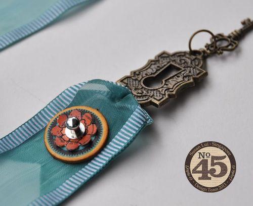 Staples-Bookmark-Tutorial-Graphic-45-Susan-Lui-4of4