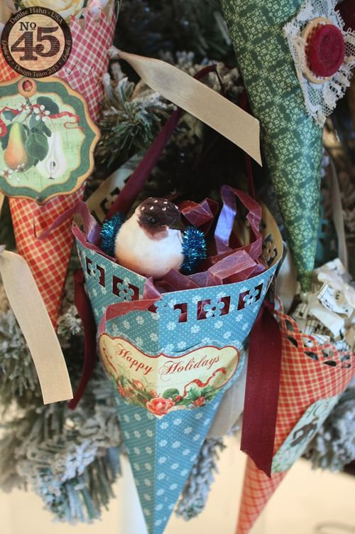 Denise_Hahn_Graphic_45_12_Days_of_Christmas_Easy_Cone_Ornaments - 03-imp