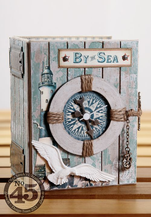 Winter-CHA-2014-Book-Box-clock-1