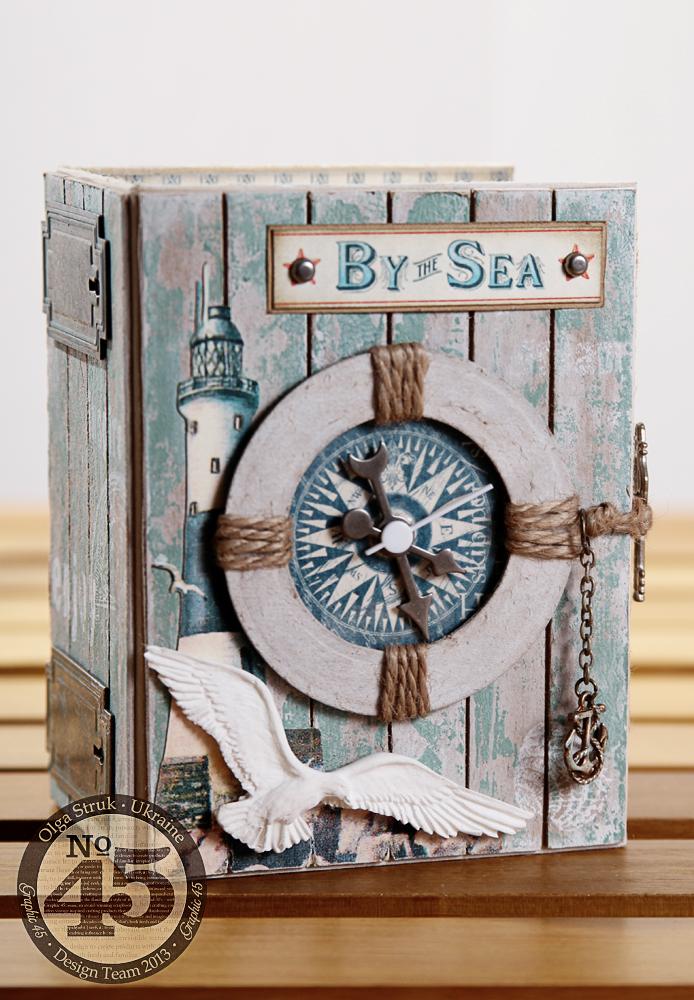 Winter-CHA-2014-Book-Box-clock-1