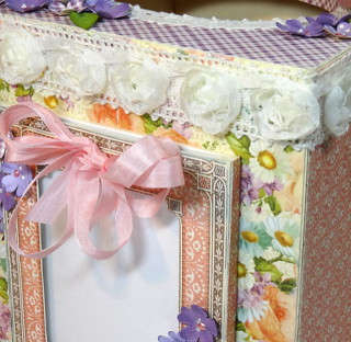 Paper-Crafter's-Library-Altered-Tissue-Box-Tutorial-Sweet-Sentiments-Graphic-45-Annette-Green-14-of-16