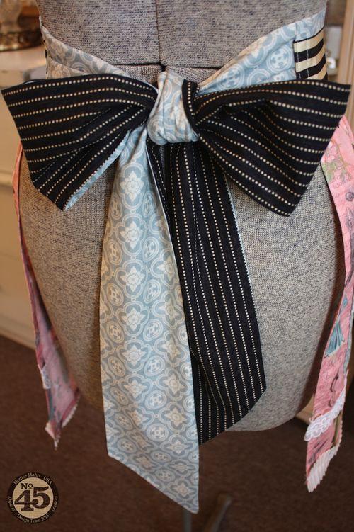 Denise_hahn_graphic_45_ladies_diary_apron_and_gift_box - 3-imp