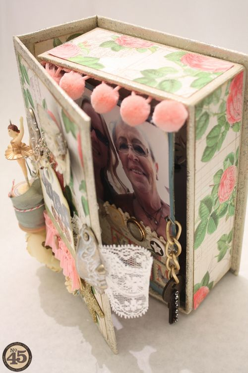 Denise_hahn_graphic_45_botanical_tea_box_mini_album_mothers_and_daughters - 08-imp