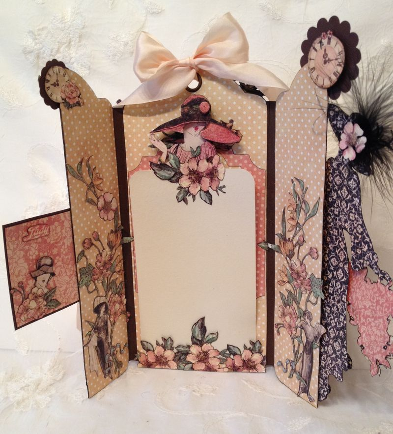 A LADIES DIARY - TAG STAPLES - GRAPHIC 45 - PHOTO DISPLAY - MINI AØBUM - ANNESPAPERCREATIONS - KREATIV SKRAPPING -  3