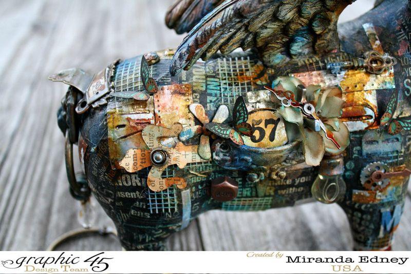 Mixed-Media-Pig-Graphic-45-Miranda-Edney-4of7