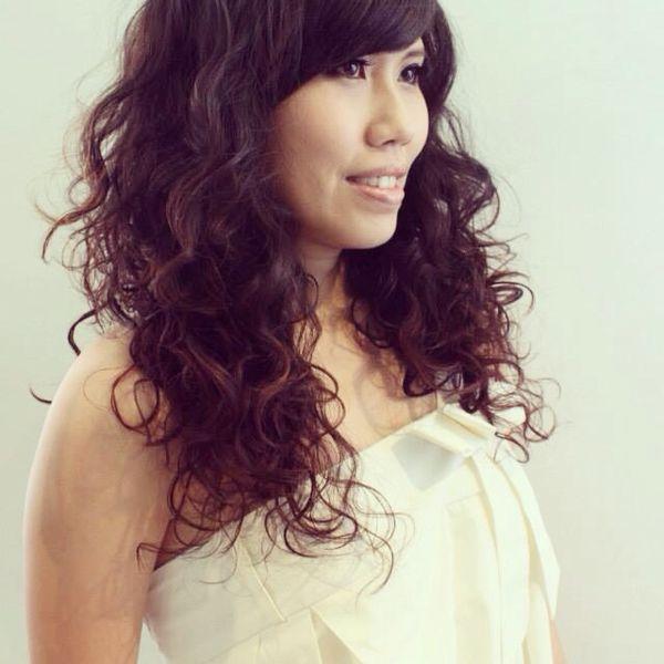 Headshot Profile _KatieZ.Ho