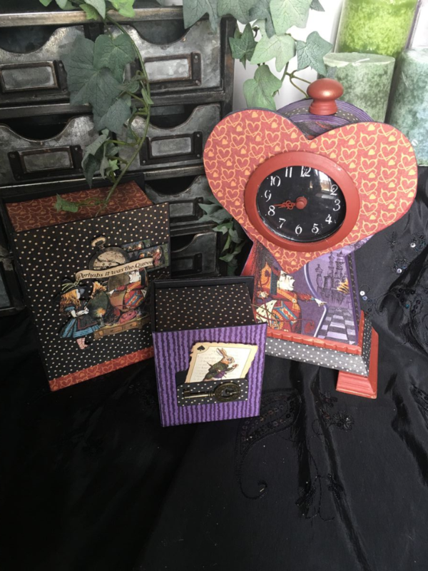 Hallowe'en in Wonderland projects from Diane's Workshop #graphic45 #sneakpeeks