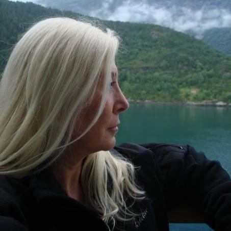 Marina Blaukitchen
