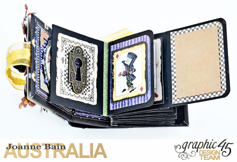 Mini-Tag-Album,-Halloween-In-Wonderland,-By-Joanne-Bain,-Product-by-Graphic-45,-Photo-8
