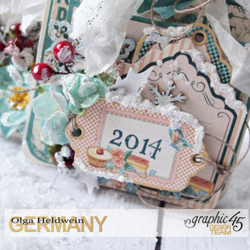 December assigment - olga christmas album with sqare tags and cafe parisian (3)