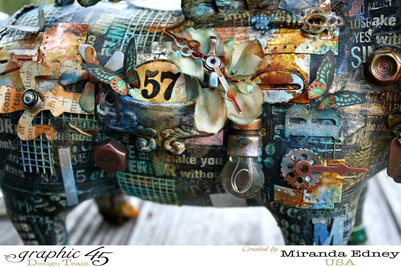 Mixed-Media-Pig-Graphic-45-Miranda-Edney-2of7
