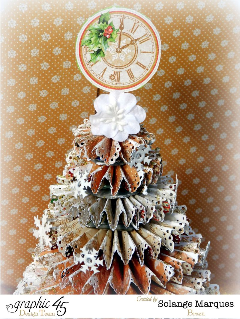 G45 December project Rosette Christmas Tree 3