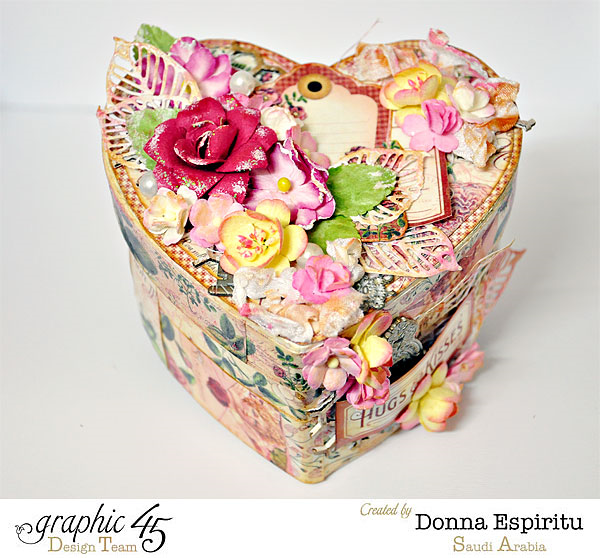 Hugs & Kisses this Valentine's Day with this gorgeous decoupaged box by Donna! #graphic45
