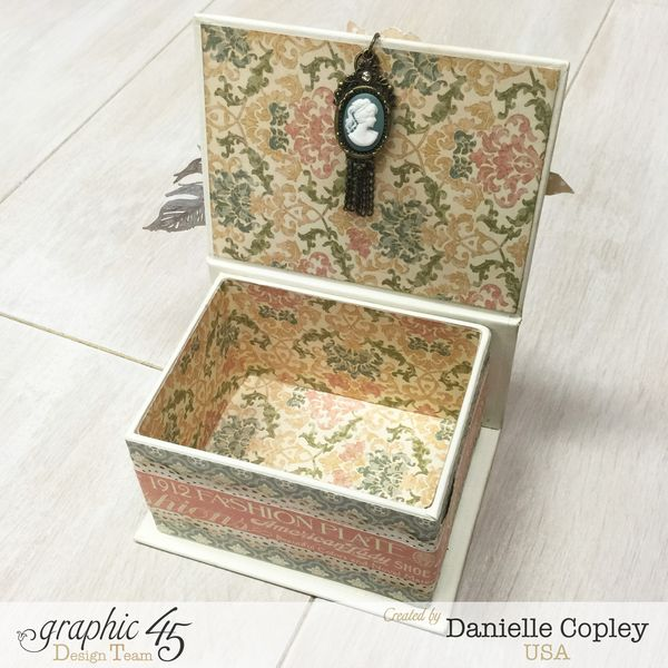 Mother's Day Box and Tag Mini, A Ladies Diary, by Danielle Copley, Graphic 45, photo 6
