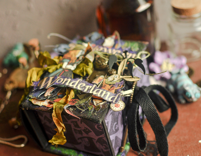 Book Box and mini album-Hallowe'en in Wonderland-Tutorial by Lena Astafeva-products by Graphic 45-Photo-9