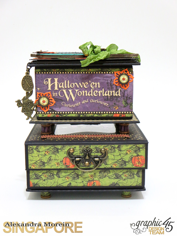 Halloween in Wonderland Notebooks and Boxes, Project by Alexandra Morein, Product by Graphic 45, Photo 1